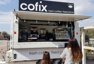 פוד טראק מותאם להגשת קפה עבור חברת קופיקס